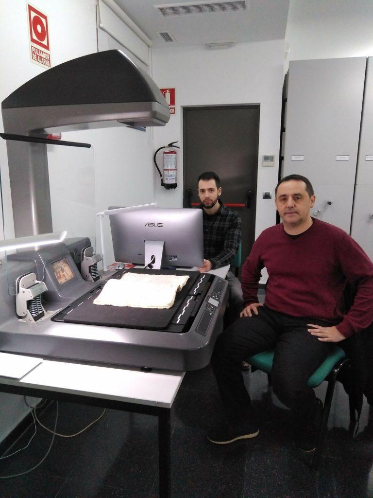 Digitalizando en el Archivo Municipal de Socuéllamos